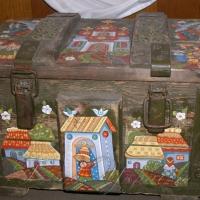 Ящики з-під боєприпасів стали витвором мистецтва