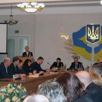 «Не називайте цинізм реформами», — наголошували учасники круглого столу в Чернігівській обласній раді щодо пілотного проекту «Укрпошти»