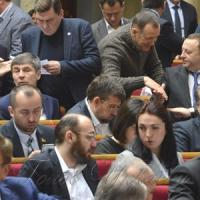 Антикорупціонерів  не звільнили  від обов'язкового  е-декларування