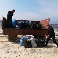 Організували акцію з прибирання узбережжя від сміття