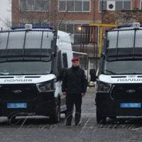 Поліцейські патрулювали на нових автомобілях