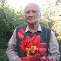 Праправнук поета Руданського вирощує квіти