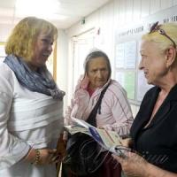 Як реінтегрувати бабусь у громадське життя?