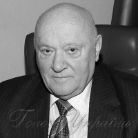 Вітання президенту Університету «Україна»...