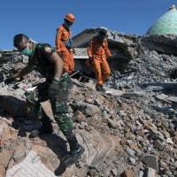 Кількість загиблих унаслідок землетрусу в Індонезії зростає
