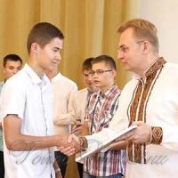 Випускників-рекордсменів нагородили