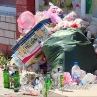 Курорт потопає у смітті та нечистотах