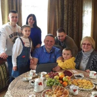 Олександра Шевченка у школі вчителька  називала Тарасиком