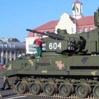 Марш на трофейному танку