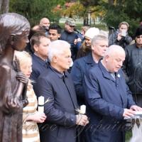 У Торонто відкрили меморіал жертвам Голодомору