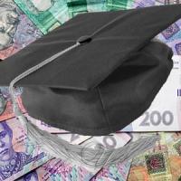 Уряд пропонує скасувати підвищення зарплат для суддів