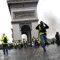 Французи не хочуть реформ,  якщо за них треба платити з власного гаманця