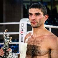 Далакян протягом року здобув і двічі захистив титул WBA
