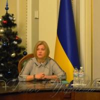 Наполягаємо на звільненні  заручників Кремля до нового року