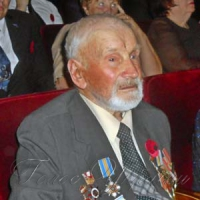 Якову Чулю вже 96, але бюрократам він не здається