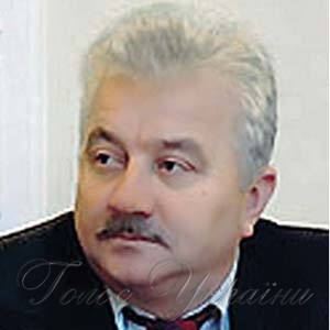 Михайло САВЧАК: «Пора закривати в редакціях  «інформаційні морги»