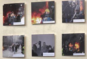 Фотовиставку про журналістів на Майдані експонуватимуть три місяці