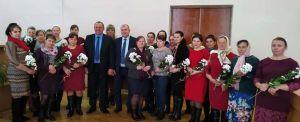 У Рокитнівському районі Рівненщини додалося ще 35 мам-героїнь