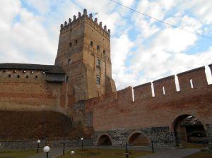 Автограф на мурі Луцького замку збережеться на віки