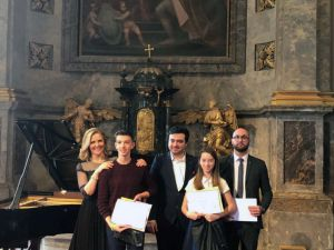 Стали победителями музыкального конкурса в Эгере