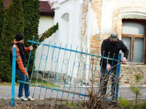 В селе Жидичин демонтировали стену религиозного раздора