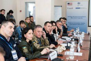 На Луганщині обговорили завдання з протимінної безпеки