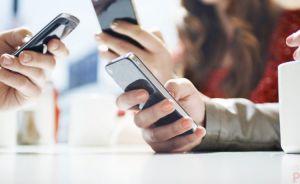 Наших у Польщі порахували за смартфонами