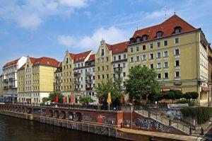 Німеччина: купити житло чи орендувати?