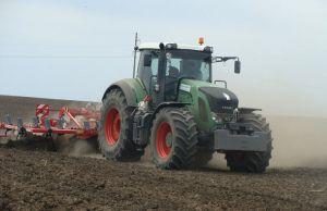 Сіють ранні зернові: чверть площ позаду