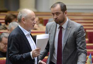 Мовний законопроект: пройдено майже половину поправок