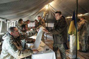 Армія і вибори: ложечки то знайшли, але осад залишився