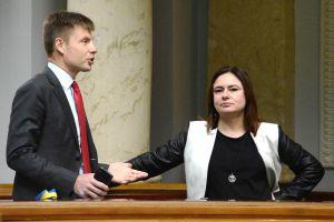 Украинцы никогда не поддержат тех, кто за скобки хочет поставить язык, культуру, религию, территорию