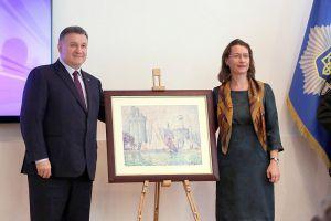 МВС презентувало знайдену картину Поля Сіньяка