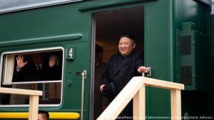 Кім Чен Ин на бронепоїзді вже в Росії