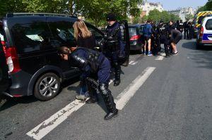 Сутички під час першотравневих демонстрацій у Парижі