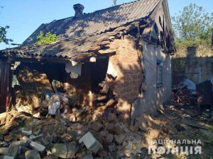 Бойовики завдали удару по житлових кварталах Мар'їнки