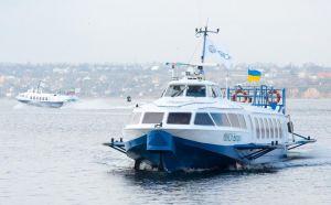 У пониззі Дніпра розпочав навігацію крилатий флот