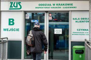 Наші заробітчани рятують пенсійний фонд Польщі