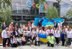 Всесвітній день вишиванки відзначили і в Googl центрі (США)