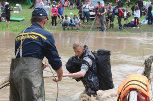 Через стихію у пастці опинилися понад дві сотні юних спортсменів зі своїми педагогами