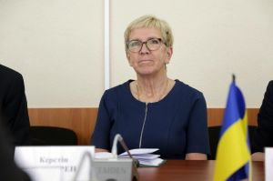 Луганщину посетила парламентская делегация Швеции