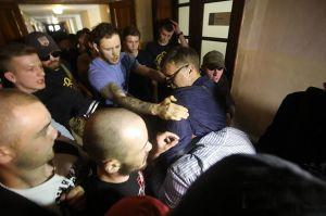 У Львові відбулась силова атака на міськраду