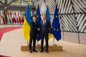 Президент закликав посилювати санкційний тиск на РФ