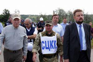 V. Zelensky habló sobre una 'frágil esperanza' en Donbas