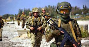 На передовой ранили пятерых военных
