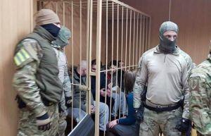 Наші військовополонені моряки залишаються заручниками Кремля. Торги тривають