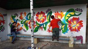 Нарисовали не просто цветы, а хорошее  будущее для села Самчики