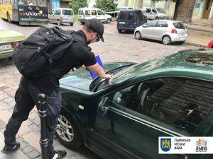 Інспектори з паркування вийшли на вулиці Львова