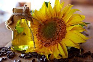 Виробили 2,92 млн т нерафінованої соняшникової олії