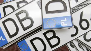 Процедуру розмитнення «євроблях» обіцяють удосконалити